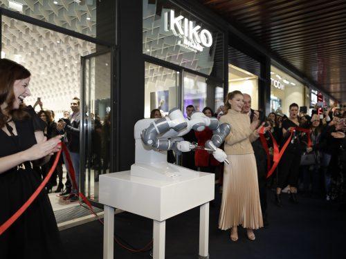 Ha aperto lo store KIKOiD a Milano, il più grande al mondo dell'insegna Kiko