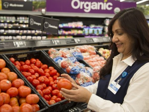 Walmart to Raise U.S. Wages, Provide One-Time Bonus and Expand Hourly Maternity and Parental Leave
