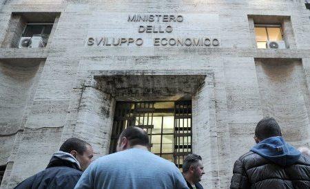 Unicoop Tirreno, l'azienda riconsidera la decisione di cedere i punti vendita