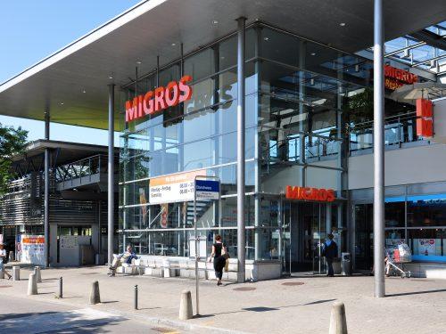 Salari più alti per i dipendenti del Gruppo Migros in Svizzera