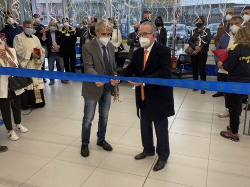 Il patron Patrizio Podini inaugura il punto di vendita MD a Vairano Patenora in Campania